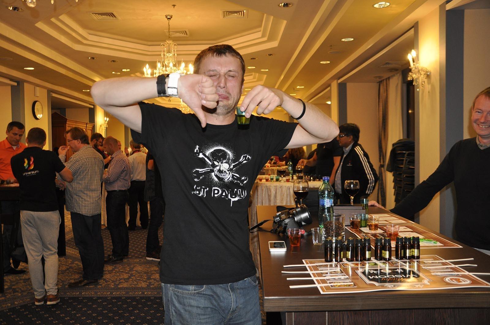 Clen teamu dava najevo svuj nazor o produktu ktery vytvoril ve hre Whisky Wisdom