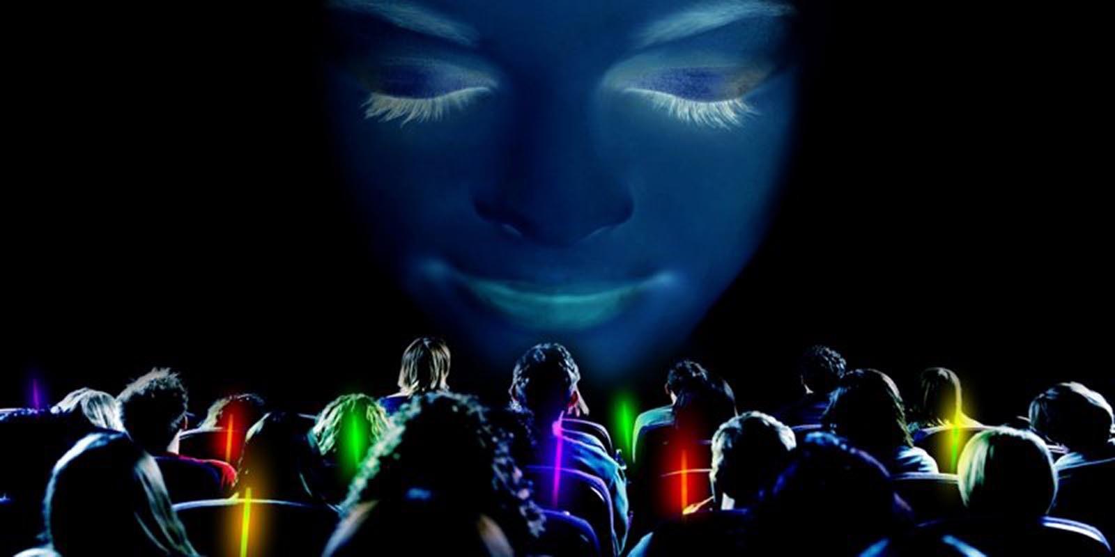 Vsichni se ladi na stejnou vlnu v meditacnim programu Meditainment na podporu soustredeni
